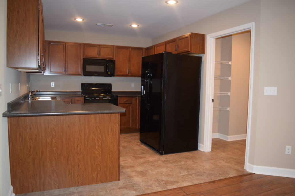 Kitchen of The Paddock at Sheffield Downs apartment in Hopkinsville